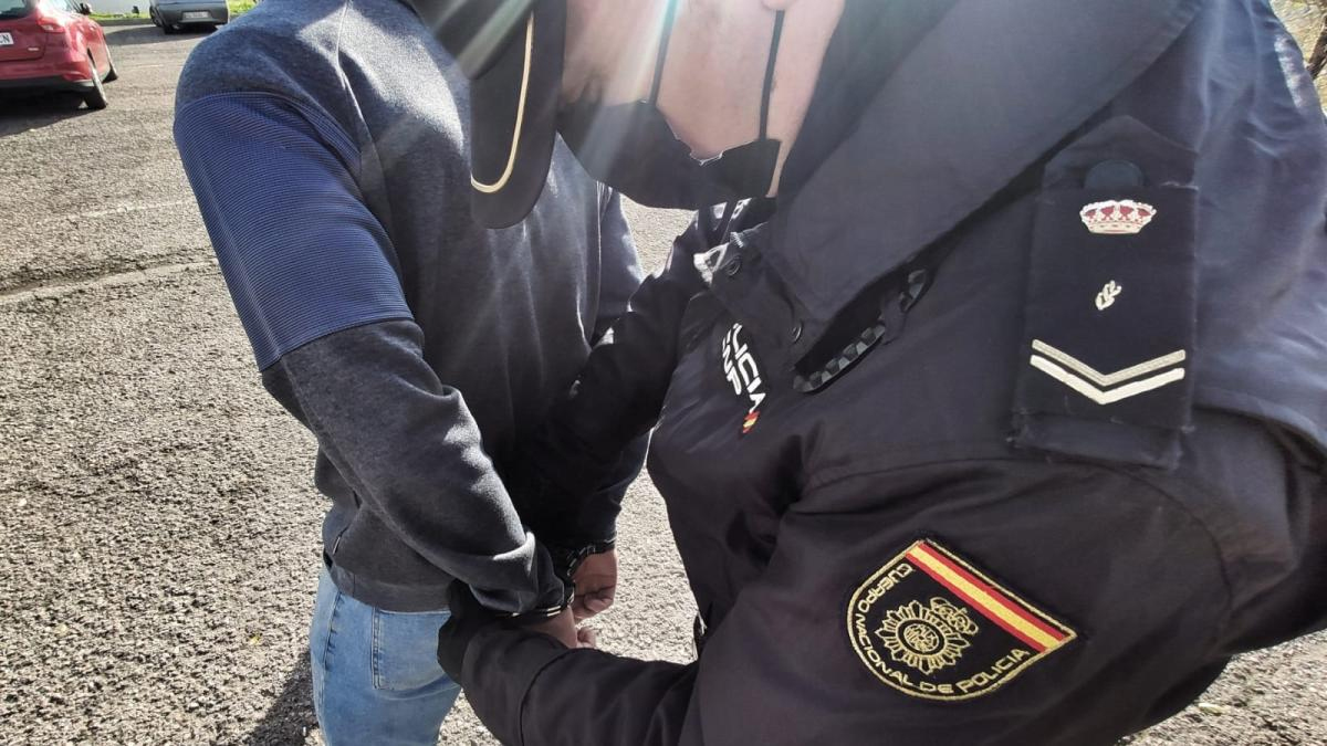 https://periodicoclm.publico.es/wp-content/uploads/2021/04/Detenido-el-responsable-de-agredir-este-sabado-a-un-menor-extranjero-de-12-anos-en-Guadalajara.jpg